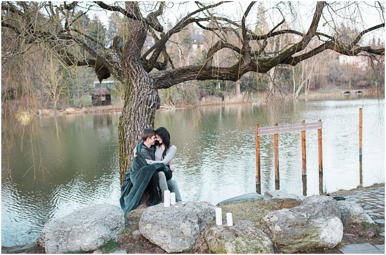 LOVE Stories | Verlobungsshoot unter Krokussen